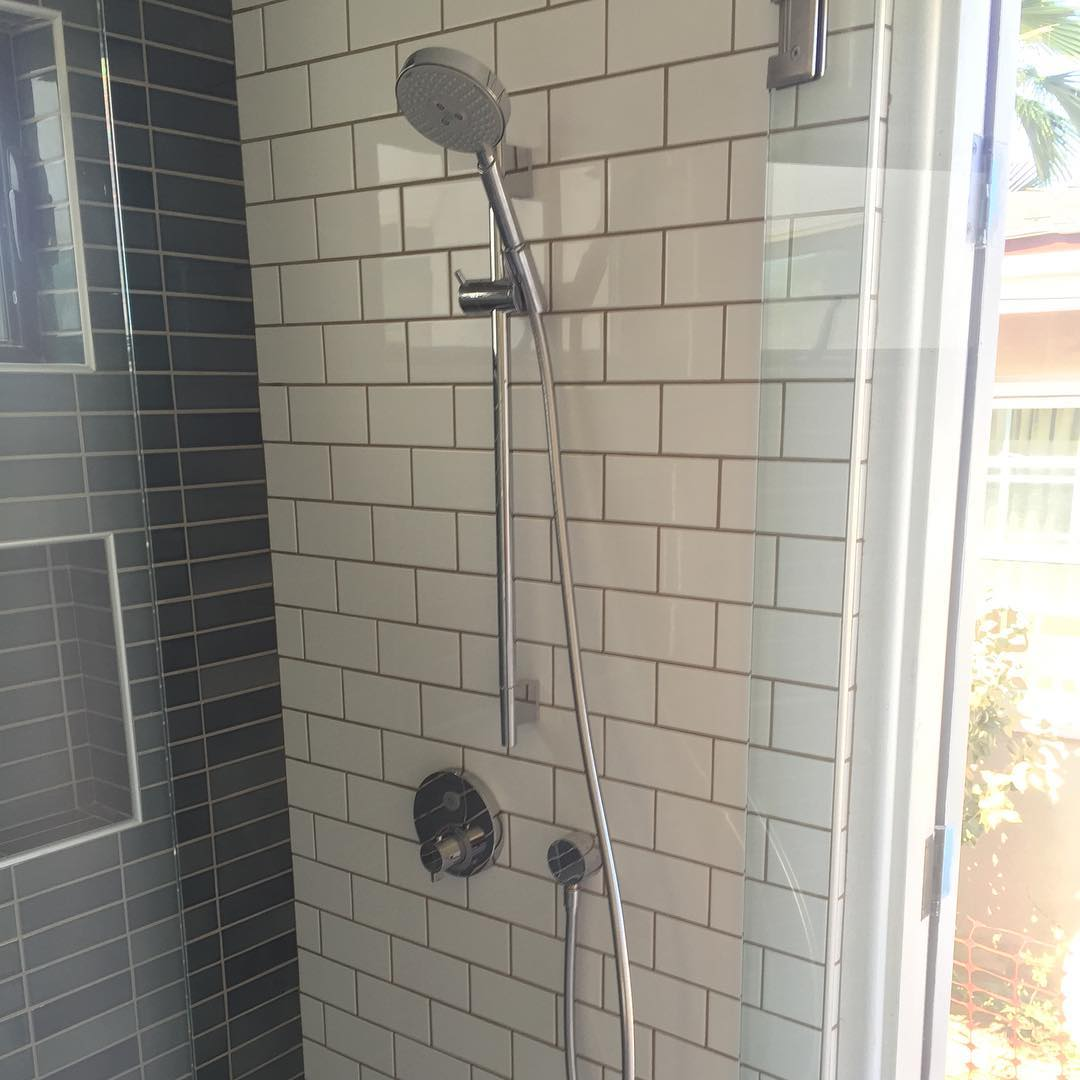 lajollacottage sandiego plumbing customhome shower hansgrohe spahrplumbing Continue reading rarr